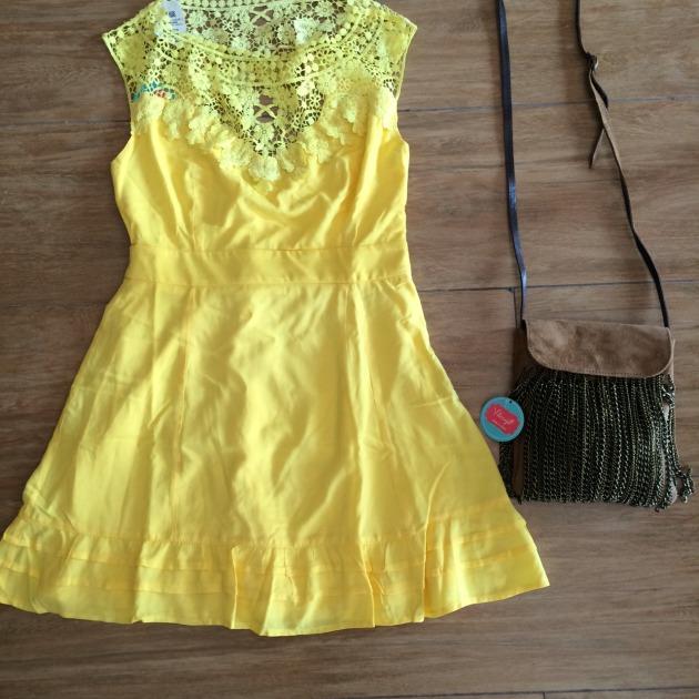 Vestido Tamanho 40 - R$179,00 Bolsa R$99,00