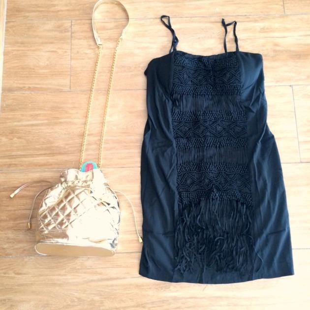 Vestido Tamanho P - R$159,00 Bolsa R$119,00