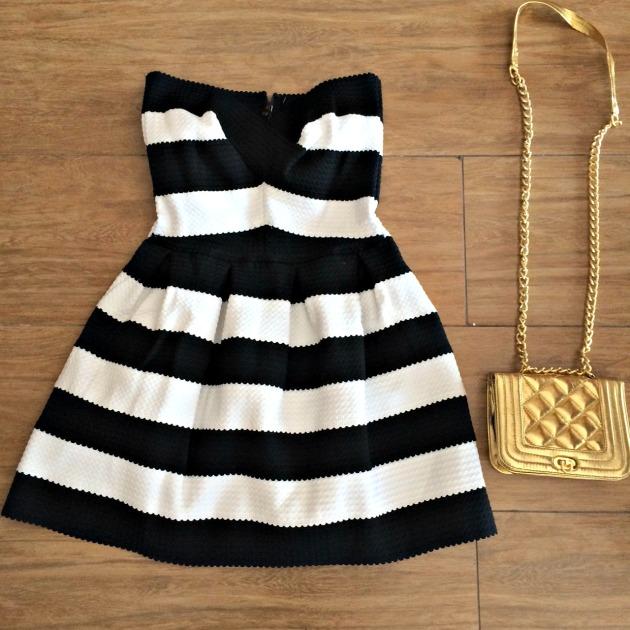 Vestido Tamanho M - R$239,00 Bolsa R$99,00